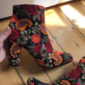 Mia Shoes Shoes - MIA embroidered booties